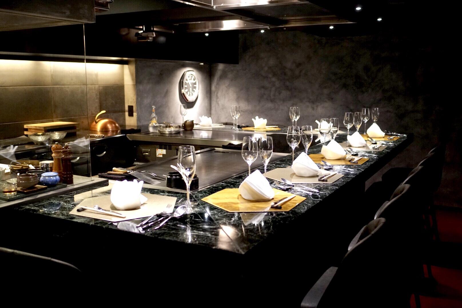 全世界に会員は30名のみ 究極のレストラン hibachi でオフ会